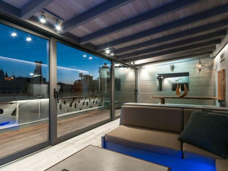 Balconera-tres-carriles-cambrils-aluminio-vidralum
